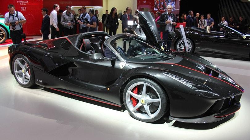 Ferrari LaFerrari Aperta 4