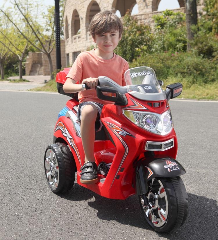 Lợi ích của xe moto điện trẻ em và cách chơi an toàn 3