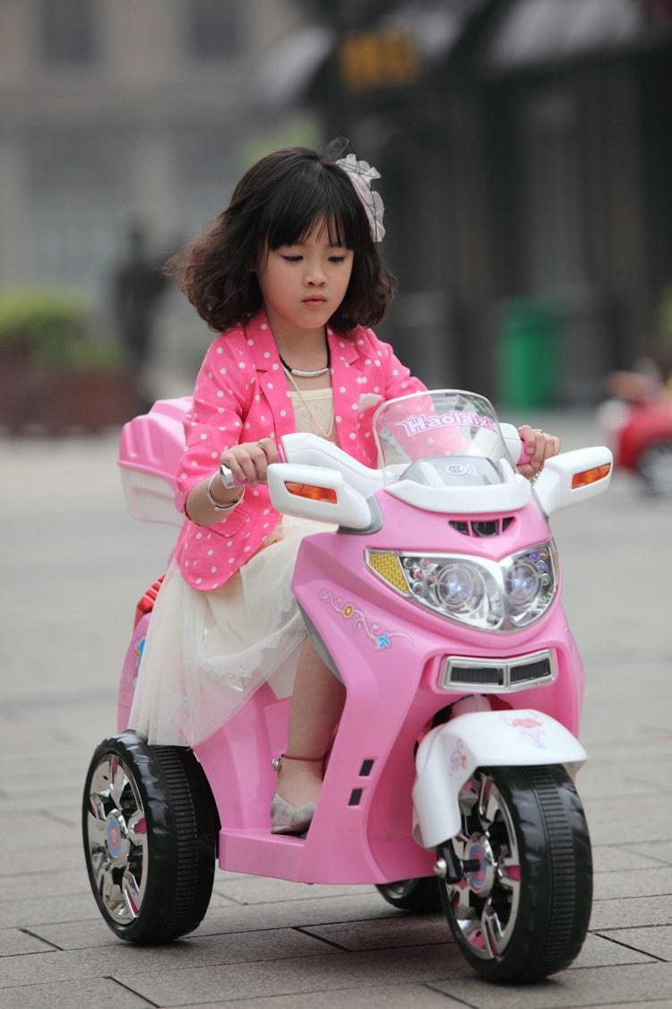 Lợi ích của xe moto điện trẻ em và cách chơi an toàn 5