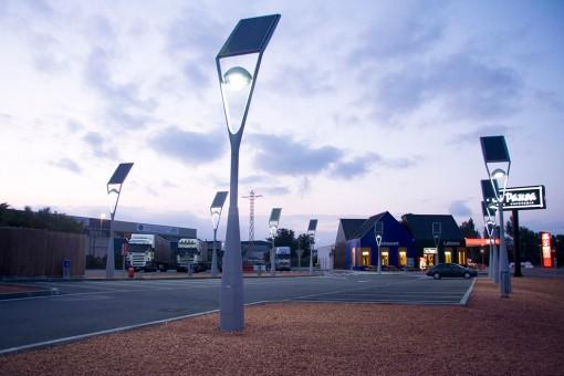 bóng đèn led chiếu sáng đường phố