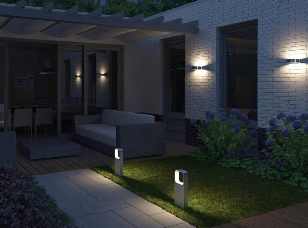 Đèn năng lượng mặt trời treo tường và sân vườn