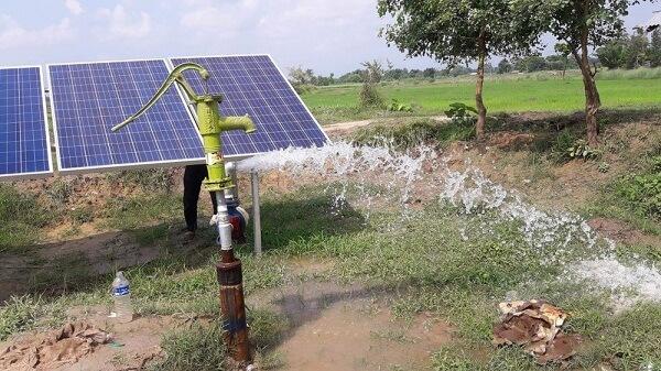 Cấu tạo của hệ thống bơm nước mặt trời